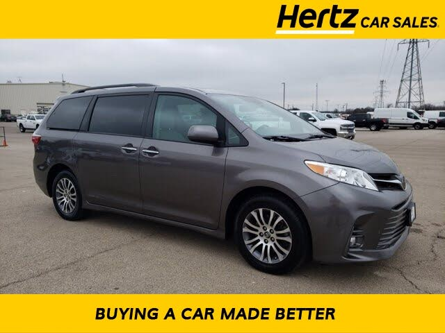 2019 Toyota Sienna XLE 7-Passenger FWD with Auto-Access Seat