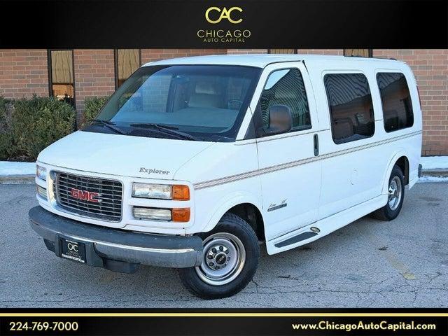 2002 GMC Savana 2500 Passenger Van