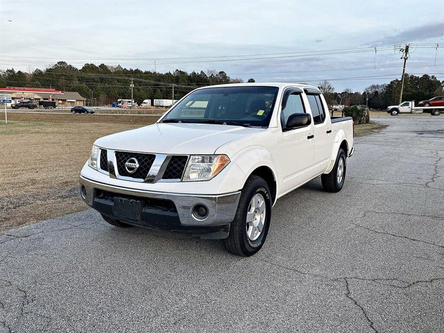 2006 Nissan Frontier SE Crew Cab with manual
