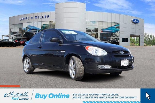 2010 Hyundai Accent SE 2-Door Hatchback FWD