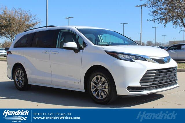 2021 Toyota Sienna LE 8-Passenger FWD