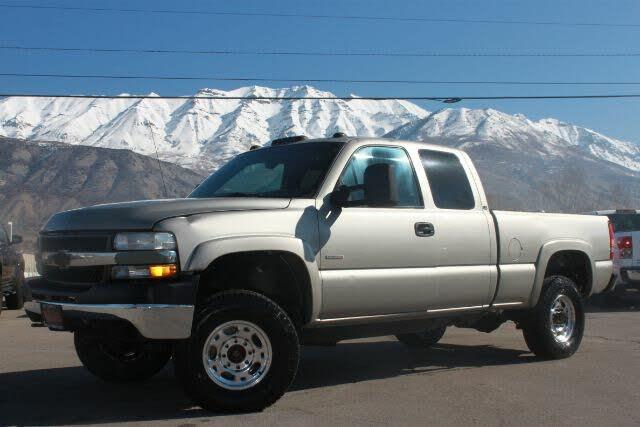 2001 Chevrolet Silverado 2500HD LS Extended Cab 4WD
