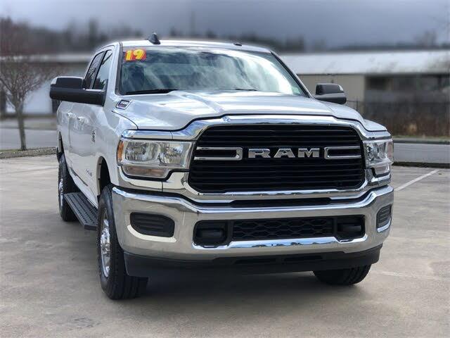 2019 RAM 3500 Big Horn Crew Cab 4WD