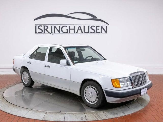 1991 Mercedes-Benz 300-Class 4 Dr 300E 2.6 Sedan