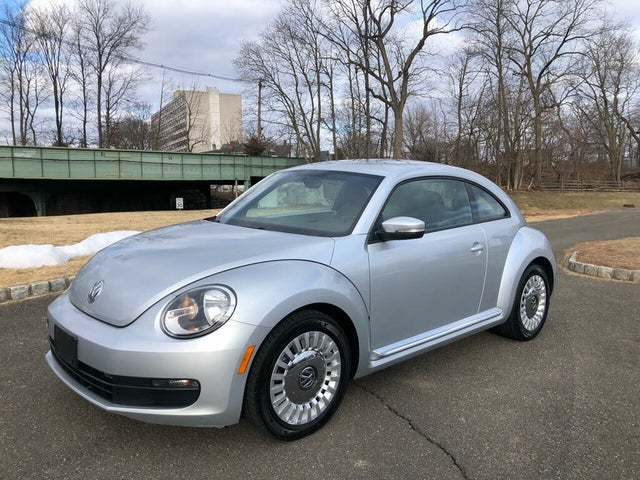 2014 Volkswagen Beetle 1.8T with Premium