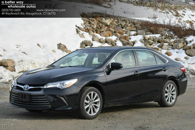 2017 Toyota Camry Hybrid XLE FWD