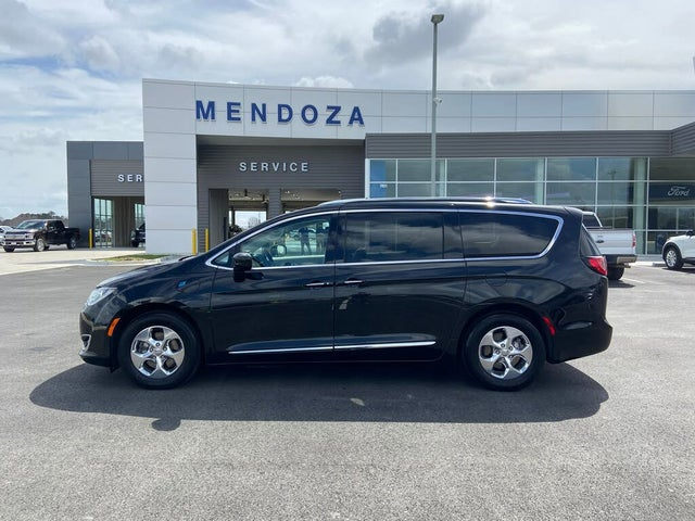 2019 Chrysler Pacifica Hybrid Touring L FWD