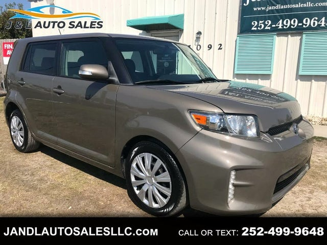 2014 Scion xB 5-Door