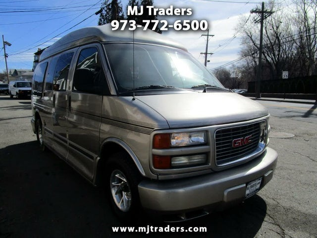2002 GMC Savana 1500 Passenger Van