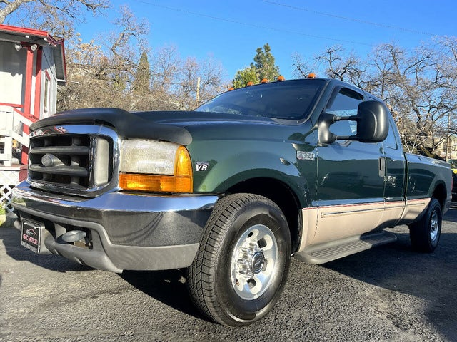1999 Ford F-250 Super Duty Lariat Extended Cab LB