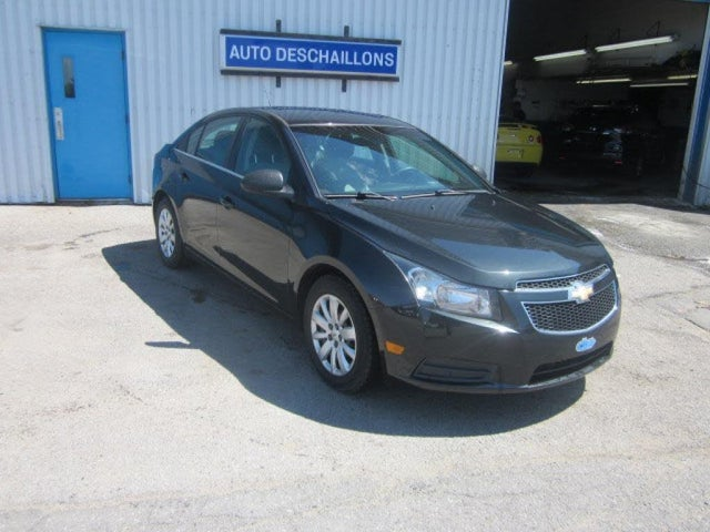 2011 Chevrolet Cruze LS Sedan FWD