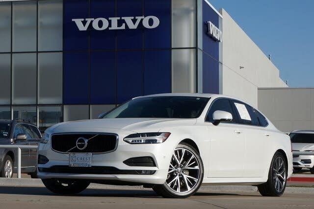2020 Volvo S90 T6 Momentum AWD