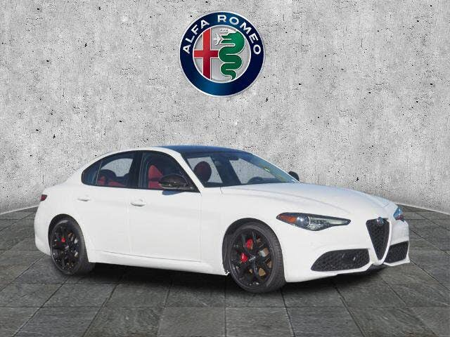 2020 Alfa Romeo Giulia Sport RWD