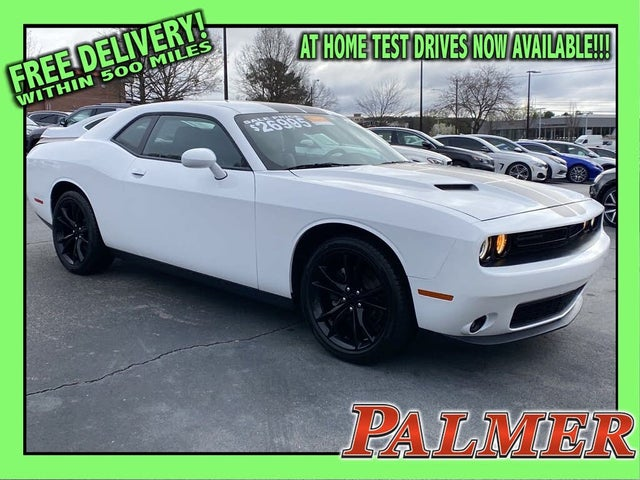 2016 Dodge Challenger SXT Plus RWD