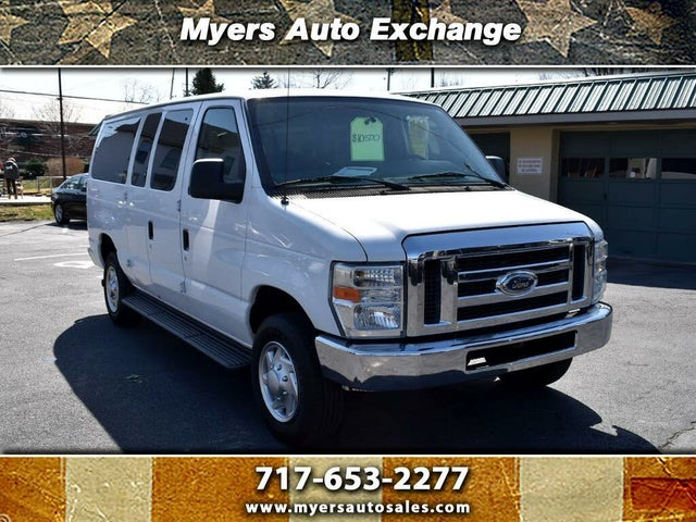 2011 Ford E-Series E-350 XLT Super Duty Passenger Van
