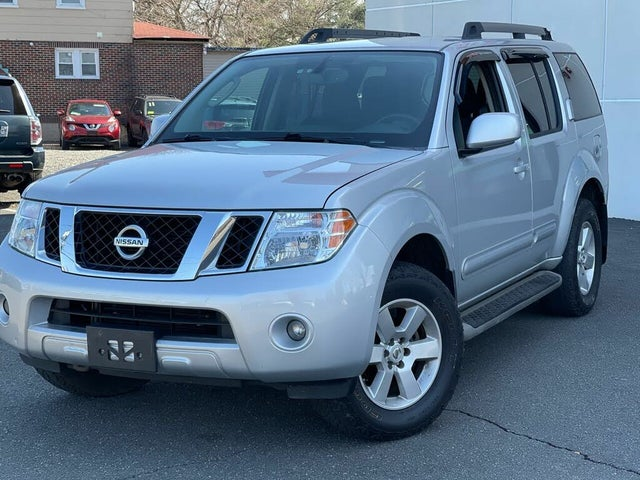 2012 Nissan Pathfinder SV 4WD