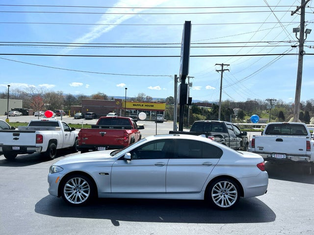 2012 BMW 5 Series 550i xDrive Sedan AWD