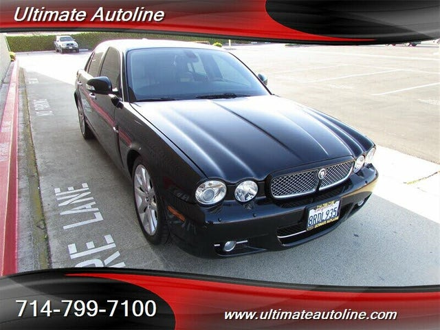 2009 Jaguar XJ-Series XJ8 Sedan RWD