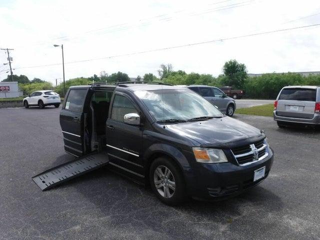 2008 Dodge Grand Caravan SXT FWD