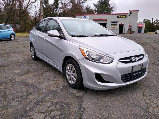 2015 Hyundai Accent GLS Sedan FWD