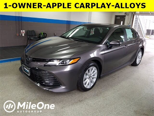 2020 Toyota Camry LE FWD