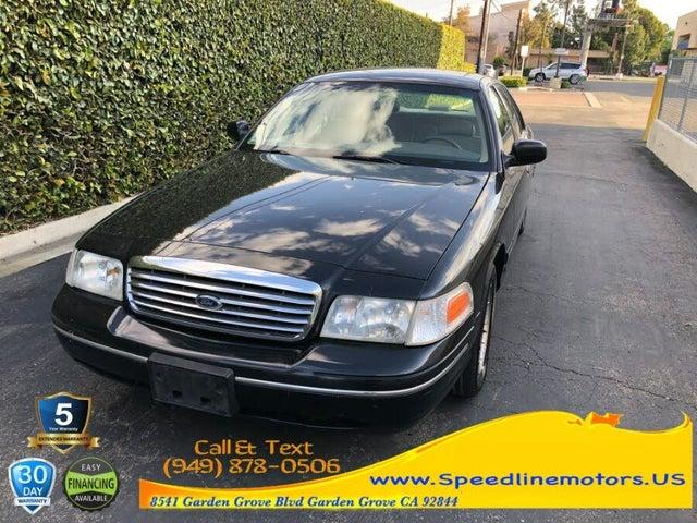 1998 Ford Crown Victoria 4 Dr LX Sedan