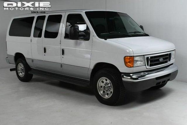 2005 Ford E-Series E-350 Super Duty Chateau Passenger Van