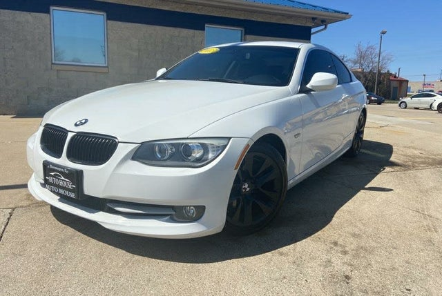 2013 BMW 3 Series 328i Coupe RWD
