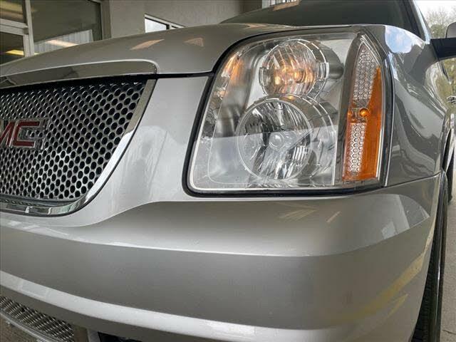2013 GMC Yukon XL Denali 4WD