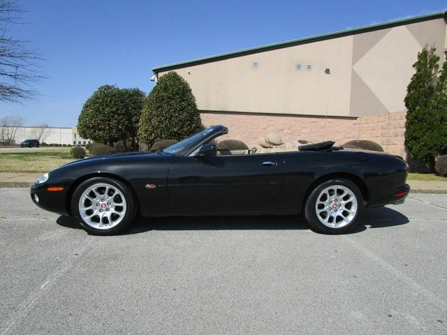 2001 Jaguar XK-Series XKR Convertible RWD