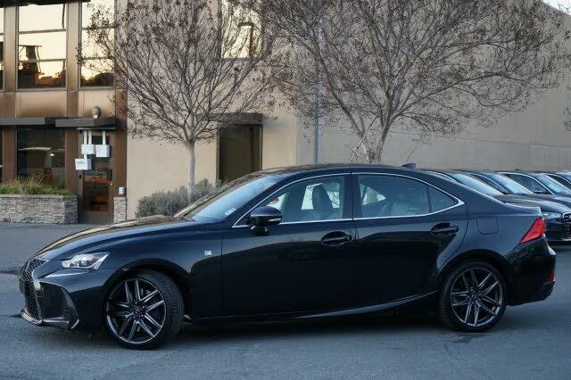 2017 Lexus IS 200t RWD