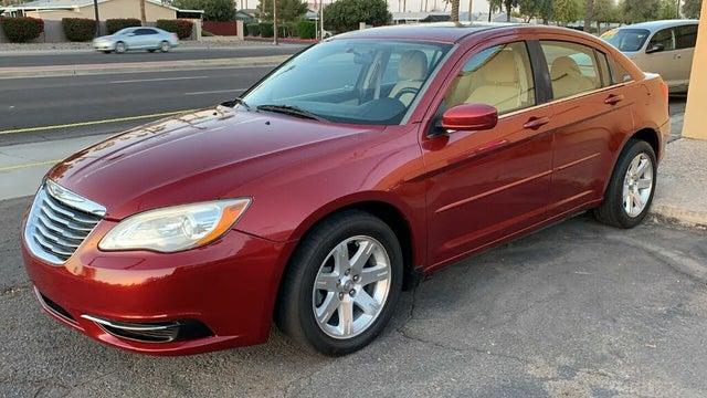 2012 Chrysler 200 Touring Sedan FWD