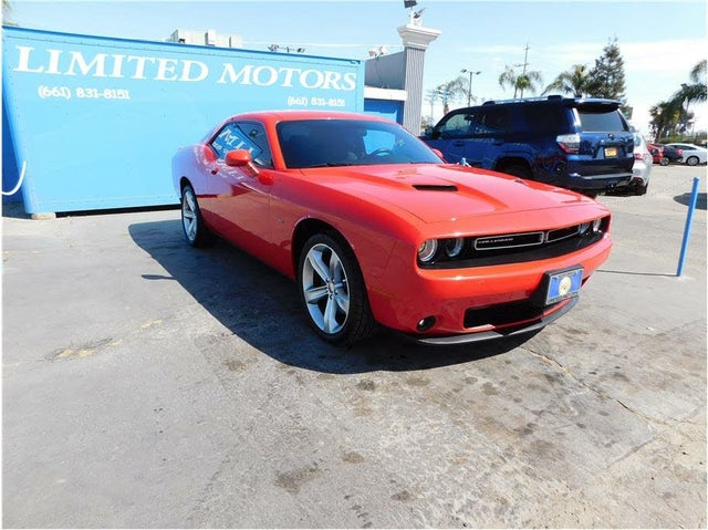 2016 Dodge Challenger R/T Plus RWD