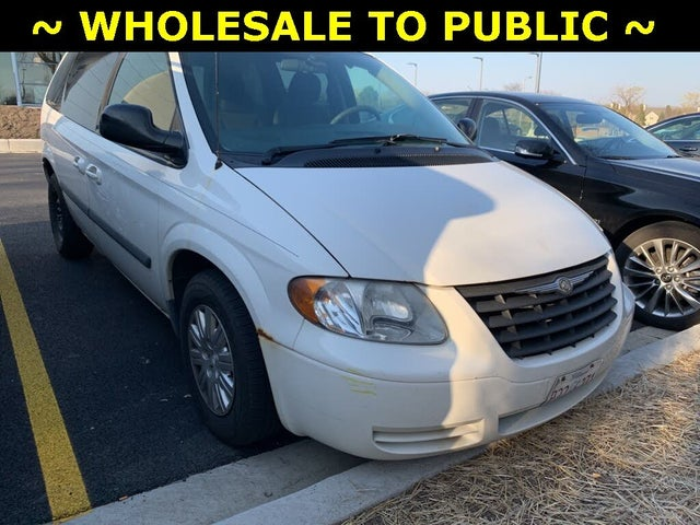 2006 Chrysler Town & Country FWD