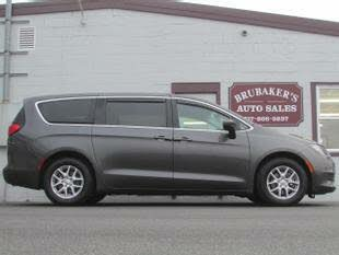 2017 Chrysler Pacifica LX FWD
