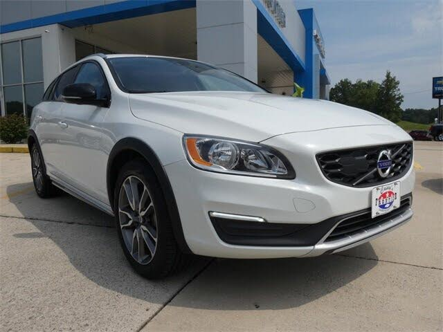 2017 Volvo V60 Cross Country T5 Premier AWD