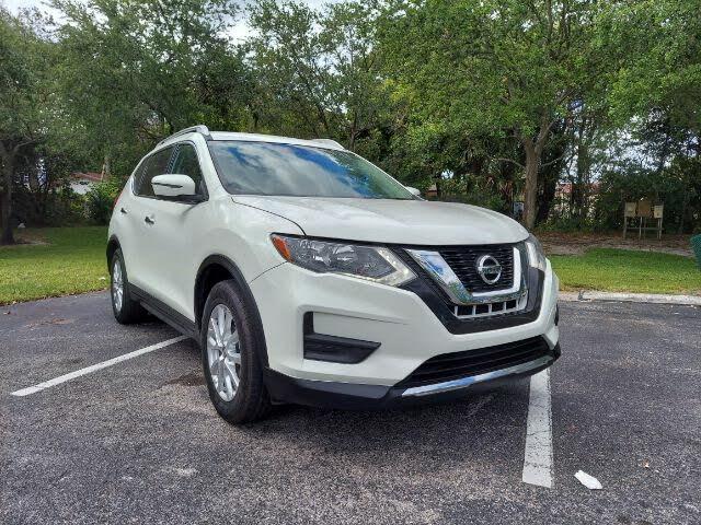 2017 Nissan Rogue SV FWD