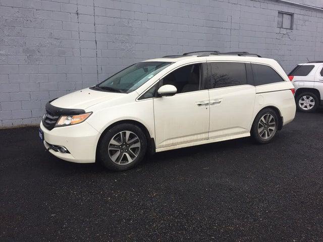2015 Honda Odyssey Touring FWD