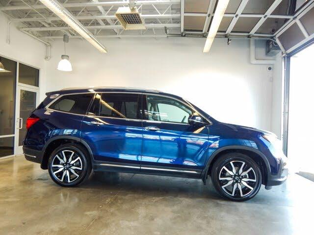 2020 Honda Pilot Touring 8-Seat AWD