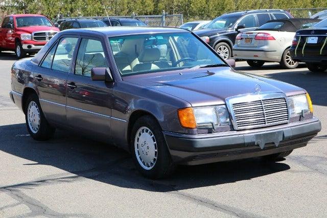 1991 Mercedes-Benz 300-Class 4 Dr 300E Sedan