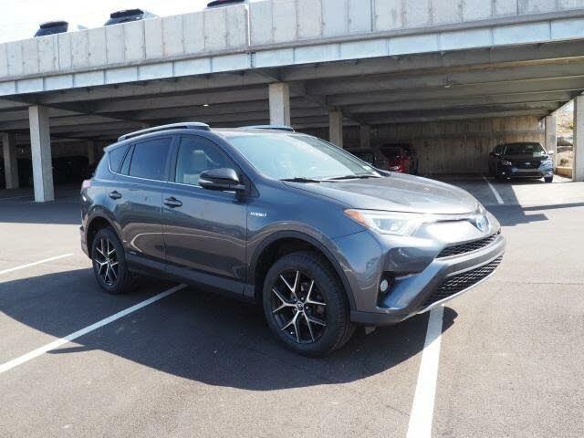 2017 Toyota RAV4 Hybrid SE AWD