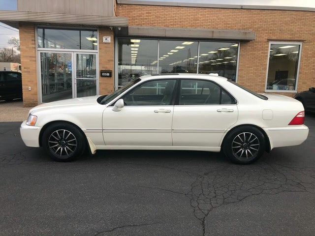 2004 Acura RL 3.5 FWD with Navigation