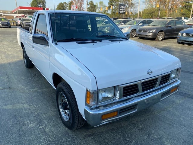 1994 Nissan Truck XE Extended Cab SB