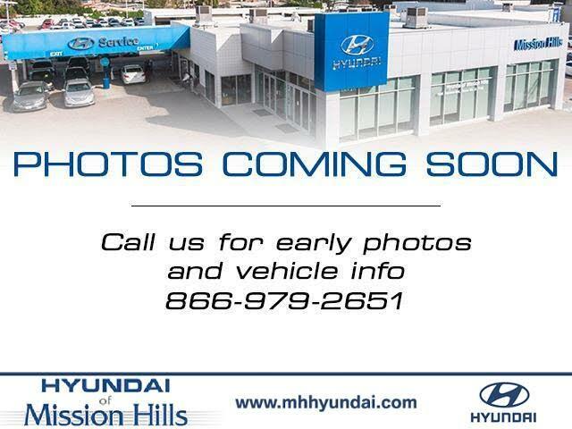 2015 Hyundai Elantra SE Sedan FWD