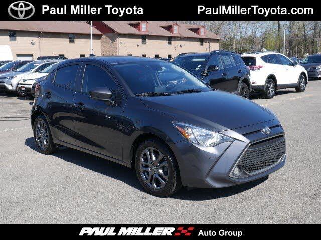 2020 Toyota Yaris LE Hatchback FWD