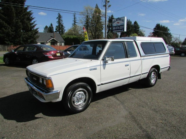 1986 Nissan Truck DLX Extended Cab SB