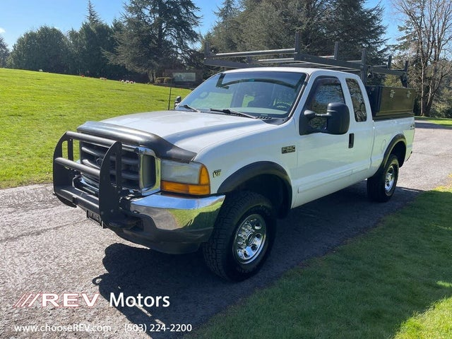 2001 Ford F-250 Super Duty XLT 4WD Extended Cab SB
