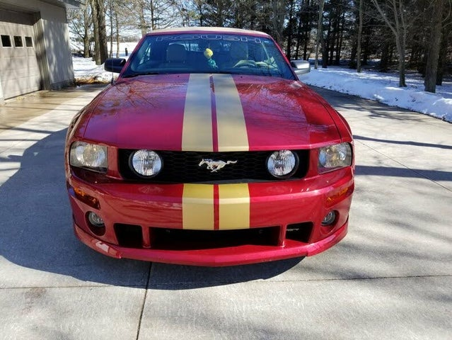 2005 Ford Mustang GT Deluxe Convertible RWD