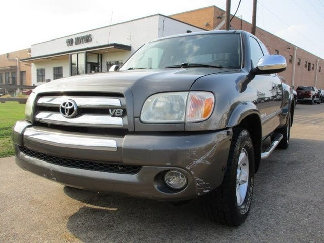 2005 Toyota Tundra 4 Dr SR5 4WD Extended Cab Stepside SB