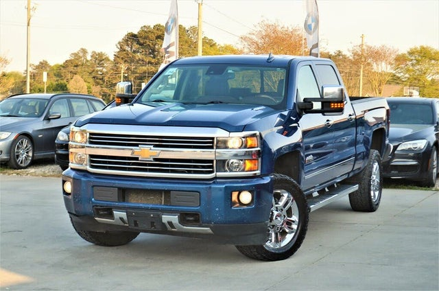 2015 Chevrolet Silverado 2500HD High Country Crew Cab 4WD